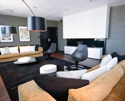Påkostet lounge på toppen av kontorbygg